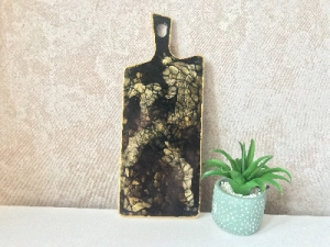 Доска из эпоксидной смолы «Black marble»