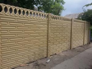 Глянцевые бетонные еврозаборы с установкой под ключ в Запорожье и обл