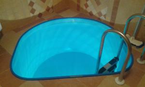 Купіль у баню, купель, купель офуро, невеликий внутрішній басейн