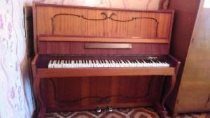 """пианино """"Отрада"""""""