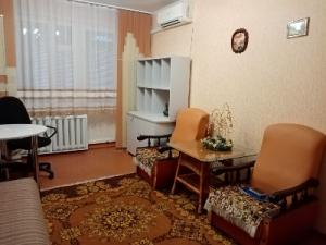 Продам 1- комнатную квартиру в Центре с ремонтом