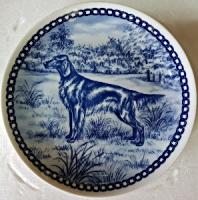 Продам датскую, кобальтовую, декоративные тарелку с собакой.