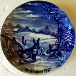Продам кобальтовую, немецкую, рождественскую тарелку.
