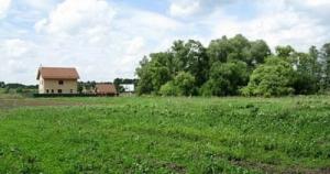 Продам свой земельный участок (приватизований) в с.Городище, Киевс.обл