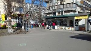 Сдаётся маф метро Оболонь сразу у входа в метро Оболонский пр-т 5