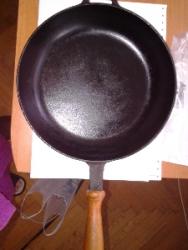 сковорода чугунная