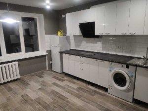 Аренда 1-ой квартиры с отдельной спальней и кухней -студио .Мечникова
