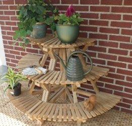 Изделия из натурального дерева ручной работы (для дачи, сада и тд.)
