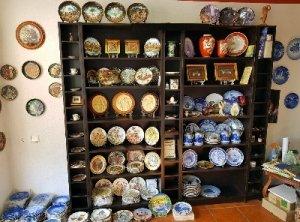 Продам фарфоровую, декоративную, коллекционную тарелку.