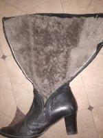 продам женские кожаные сапоги на натуральном меху