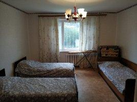 Сдам 3-х комнатную квартиру в центре Затоки